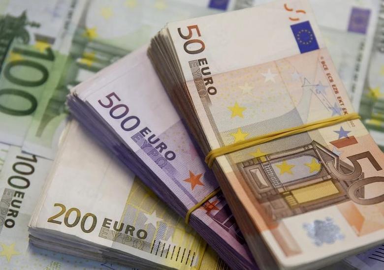 2015年1月26日,不同面值的欧元纸币。REUTERS/Dado Ruvic