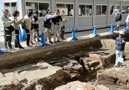 原爆資料館が発掘調査公開
