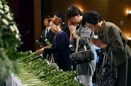 熊本市が慰霊祭、47人悼む