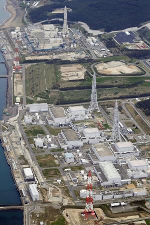 新潟県知事選投票始まる