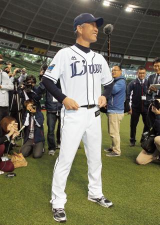 西武・辻新監督ユニホームで参加