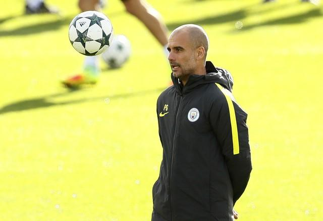 Britain Soccer Football - Manchester City Training - City Academy - 18/10/16Manchester City's Manager Pep Guardiola during trainingAction Images via Reuters / Jason Cairnduff