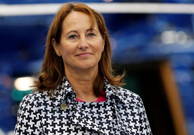 French Minister for Ecology, Sustainable Development and Energy Segolene Royal inaugurates the Volta, an all electric helicopter at the Paris Heliport in Issy-les-Moulineaux, France, October 19, 2016. REUTERS/Regis Duvignau