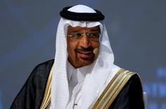 El ministro de Energía de Arabia Saudita, Khalid al-Falih, durante el Congreso Mundial de Energía en Estambul, Turquía. 10 de octubre de 2016. Arabia Saudita y sus aliados del Golfo Pérsico en la OPEP están dispuestos a recortar su producción de petróleo en un 4 por ciento desde sus niveles máximos registrados, dijeron los ministros de Energía de la región a su contraparte ruso esta semana, informaron a Reuters fuentes cercanas al tema. REUTERS/Murad Sezer