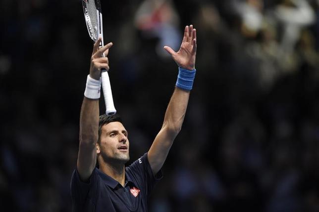 11月15日、男子テニスの年間成績上位8人が争う今季最終戦、ATPツアー・ファイナルはロンドンで試合を行い、シングルスの1次リーグB組では世界ランキング2位のノバク・ジョコビッチ(写真)が同4位のミロシュ・ラオニッチを7─6、7─6で下し、準決勝進出を決めた(2016年 ロイター)