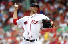 Aug 14, 2016; Boston, MA, USA; Boston Red Sox starting pitcher Rick Porcello (22) delivers against the Arizona Diamondbacks during the first inning at Fenway Park. Mandatory Credit: Winslow Townson-USA TODAY Sports