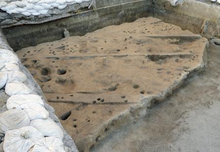 松山市で国内最古の畑跡発見