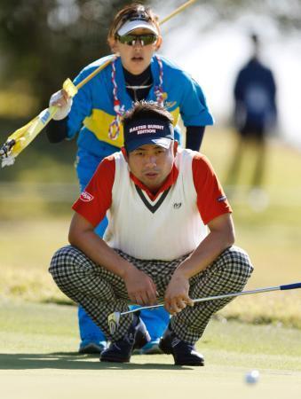 カシオゴルフ、池田が首位浮上