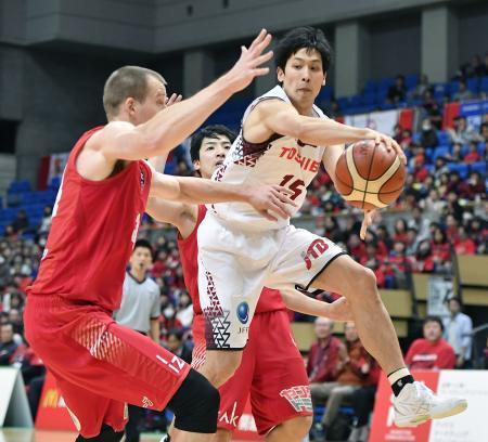 バスケ、川崎が7連勝で15勝目