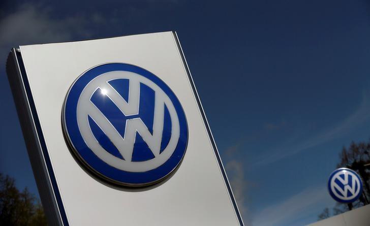 A Volkswagen logo is pictured at Volkswagen's headquarters in Wolfsburg, Germany, April 22, 2016. REUTERS/Hannibal Hanschke/Files