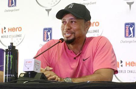 ゴルフのウッズ「引退も考えた」