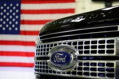 A newly remodeled Ford F250 Super Duty truck is displayed at the new Louisville Ford truck plant in Louisville, Kentucky, U.S. September 30, 2016.  REUTERS/Bryan Woolston/File Photo