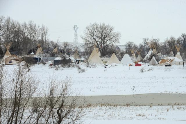 An encampment is seen during a protest against plans to pass the Dakota Access pipeline near the Standing Rock Indian Reservation, near Cannon Ball, North Dakota, U.S. November 30, 2016. REUTERS/Stephanie Keith