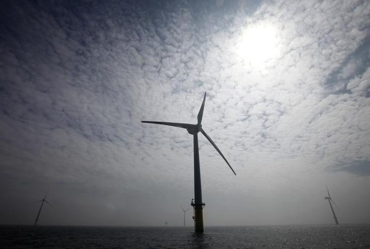 General view of wind energy plants in the offshore energy park Alpha Ventus in the North Sea, about 45 kilometres (27 miles) north of the island of Borkum April 26, 2010. REUTERS/Christian Charisius