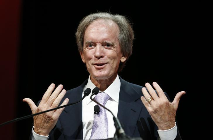 Bill Gross, co-founder and co-chief investment officer of Pacific Investment Management Company (PIMCO), speaks at the Morningstar Investment Conference in Chicago, Illinois, June 19, 2014.   REUTERS/Jim Young