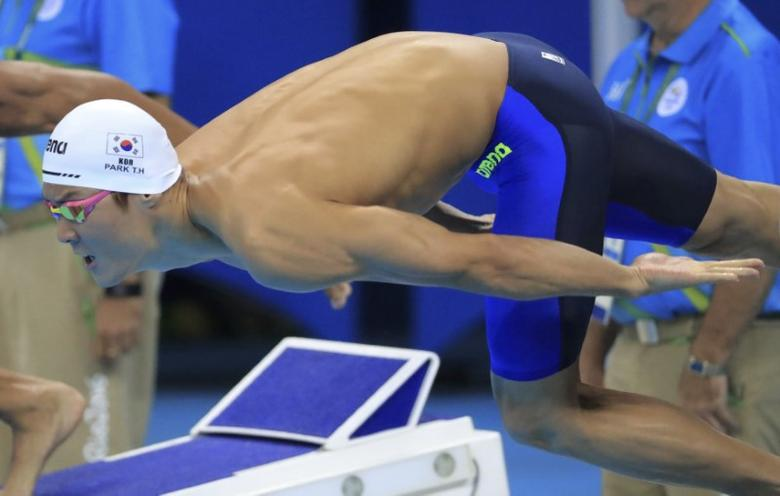 2016 Rio Olympics - Swimming - Preliminary - Men's 100m Freestyle - Heats - Olympic Aquatics Stadium - Rio de Janeiro, Brazil - 09/08/2016. Park Tae-Hwan (KOR) of South Korea competes.   REUTERS/Dominic Ebenbichler