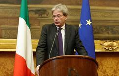 Novo primeiro-ministro da Itália, Paolo Gentiloni, durante entrevista coletiva em Roma.     12/12/2016            REUTERS/Remo Casilli