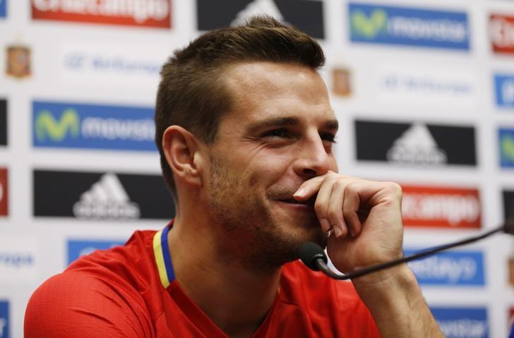 Britain Football Soccer - Spain Press Conference - Wembley Stadium, London, England - 14/11/16 Spain's Cesar Azpilicueta during the press conference  Action Images via Reuters / Andrew Boyers/ Livepic/ Files
