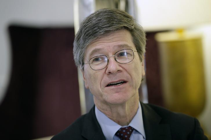 U.S. economist Jeffrey Sachs speaks during an interview with Reuters in Rome, Italy, March 15, 2016. REUTERS/Max Rossi/Files