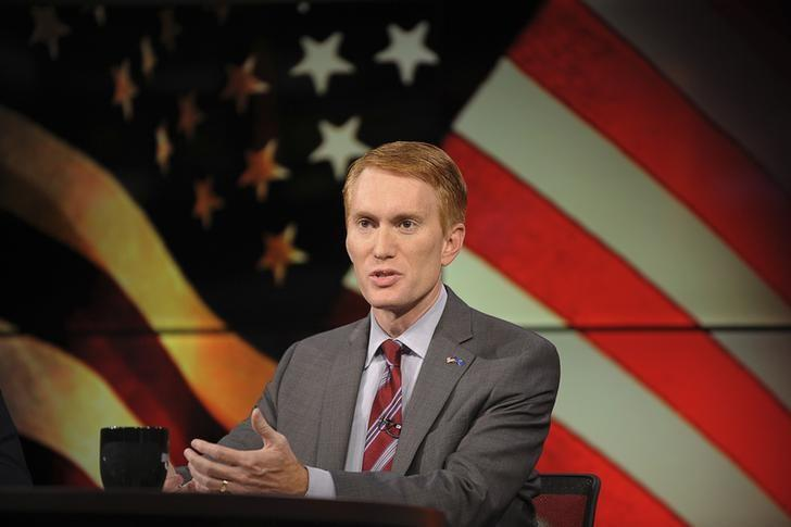 James Lankford (R) participates in the U.S. Senate debate in Tulsa, Oklahoma, June 18, 2014.  REUTERS/Nick Oxford/Files