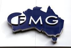 Logo da mineradora australiana Fortescue Metals visto em prédio da companhia em Perth, Austrália.    11/11/2015               REUTERS/David Gray/File photo
