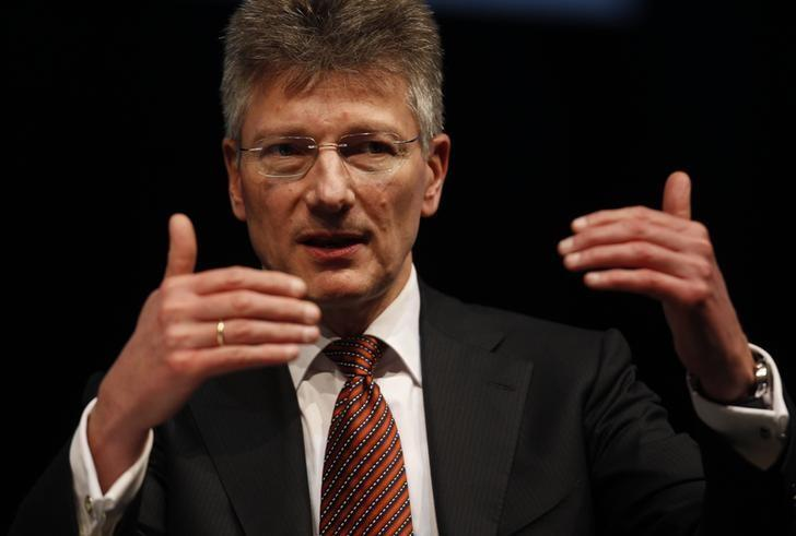 Elmar Degenhart, CEO of Germany's Continental AG  speaks during the 'International CAR Symposium' in Bochum January 29, 2013. REUTERS/Ina Fassbender