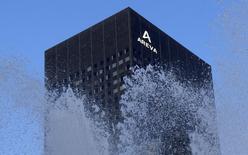 La Commission de réglementation nucléaire des États-Unis (NRC) a annoncé à Areva qu'elle publierait dès la semaine prochaine les noms des réacteurs américains contenant des pièces forgées à l'usine du Creusot (Saône-et-Loire), où des anomalies ont été détectées. /Photo d'archives/REUTERS/Jacky Naegelen