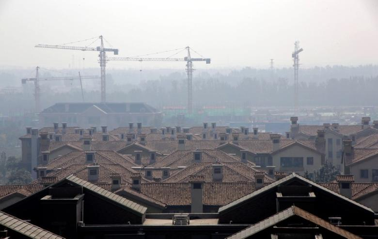 Apartment blocks are pictured in Wuqing District of Tianjin, China October 10, 2016. REUTERS/Jason Lee/Files