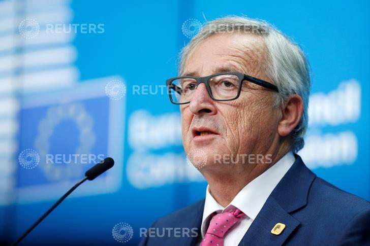European Commission President Jean-Claude Juncker addresses a news conference during a European Union leaders summit in Brussels, Belgium, December 15, 2016. REUTERS/Francois Lenoir