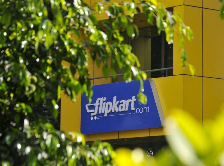 The logo of India's largest online marketplace Flipkart is seen on a building in Bengaluru, April 22, 2015. REUTERS/Abhishek N. Chinnappa/Files