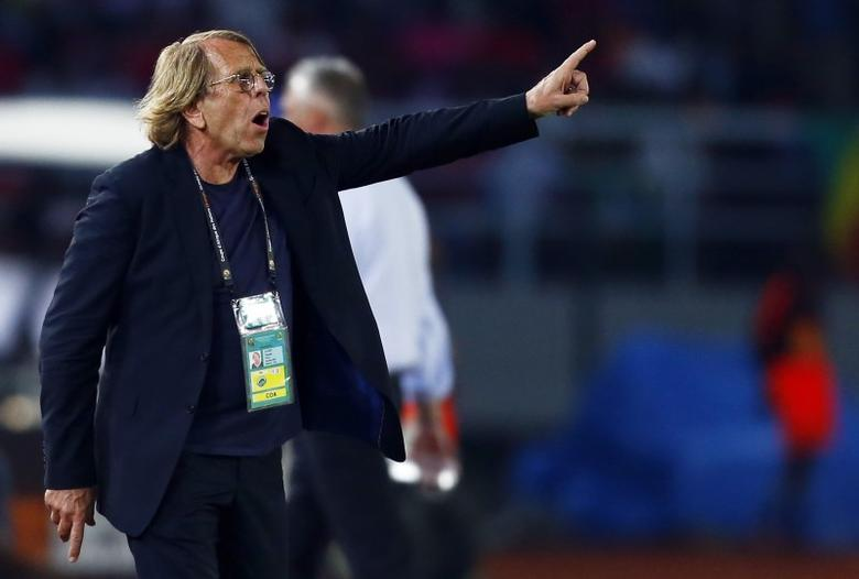 Congo's head coach Claude Le Roy of France reacts during their Group A soccer match against Gabon in the African Cup of Nations in Bata January 21, 2015. REUTERS/Amr Abdallah Dalsh