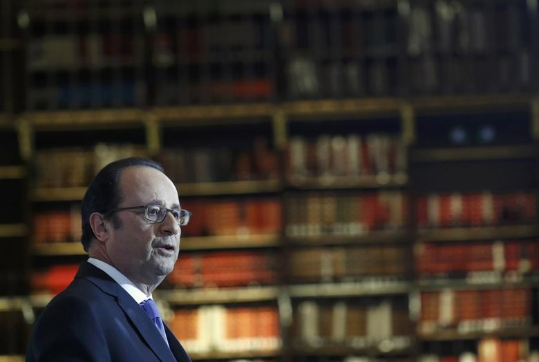 French President Francois Hollande delivers a speech as he inaugurates the renovated spaces of the Richelieu National French Library ''Bibliotheque Nationale de France'' in Paris, France, January 11, 2017. REUTERS/Gonzalo Fuentes
