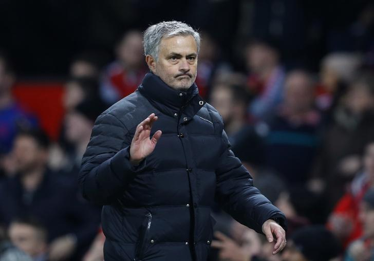 Britain Football Soccer - Manchester United v Hull City - EFL Cup Semi Final First Leg - Old Trafford - 10/1/17 Manchester United manager Jose Mourinho waves to fans after the game Reuters / Phil Noble Livepic