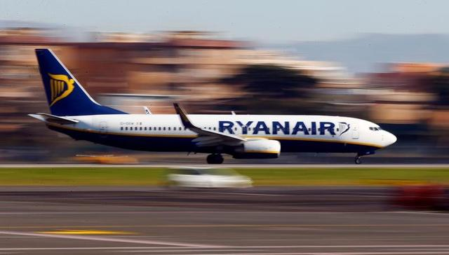 """a Ryanair Aircraft Lands At Ciampino Airport In Rome, Italy December 24, 2016.</title> <meta name=""""layout"""" content=""""blank""""/> <meta name=""""keywords"""" content=""""""""/> <meta name=""""description"""" content=""""German airline Condor will launch nonstop flights between Nola and Frankfurt. Portland is getting a nonstop flight to London from Delta Air Lines and ...""""/> <meta property=""""og:locale"""" content=""""en_US""""/> <meta property=""""og:type"""" content=""""website""""/> <meta property=""""og:title"""" content=""""&lt;img Src=http://s1.reutersmedia.net/resources/r/?m=02&amp;d=20170126&amp;t=2&amp;i=1170240260&amp;w=640&amp;fh=&amp;fw=&amp;ll=&amp;pl=&amp;sq=&amp;r=lynxmped0p0j0 Width=&#39;250px&#39; Alt=&#39;a Ryanair Aircraft Lands At Ciampino Airport In Rome, Italy December 24, 2016.""""/> <meta property=""""og:description"""" content=""""German airline Condor will launch nonstop flights between Nola and Frankfurt. Portland is getting a nonstop flight to London from Delta Air Lines and ...""""/> <meta property=""""og:site_name"""" content=""""cheap web store""""/> <link rel=""""alternate"""" type=""""application/rss+xml"""" title=""""cheap web store &raquo; Feed"""" href=""""http://shopping2016qfr.basinperlite.com/feed/""""/> <link rel=""""alternate"""" type=""""application/rss+xml"""" title=""""basinperlite.com Members Feed"""" href=""""http://members.basinperlite.com/feed/""""/> <link rel=""""canonical"""" href=""""http://shopping2016qfr.basinperlite.com/img-srchttps1-reutersmedia-netresourcesrm02-d20170126-t2-i1170240260-w640-fh-fw-ll-pl-sq-rlynxmped0p0j0-width250px-alta-ryanair-aircraft-lands-at-ciampino-airport-in-rome-italy-december-24-2016""""/> <link rel="""