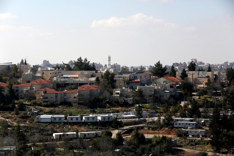 A general view shows the Israeli settlement of Bet El in the occupied West Bank January 30, 2017.  REUTERS/Ronen Zvulun