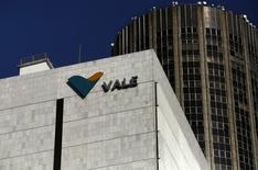 Logo da mineradora brasileira Vale é visto na sede da companhia no centro do Rio de Janeiro, no Brasil 20/08/2014 REUTERS/Pilar Olivares