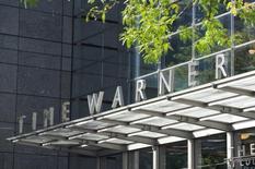 Time Warner a publié mercredi un chiffre d'affaires trimestriel en hausse de 11,5%, au-dessus des attentes, et indiqué qu'il comptait boucler son rachat par AT&T d'ici la fin de l'année. /Photo d'archives/REUTERS/Stephanie Keith