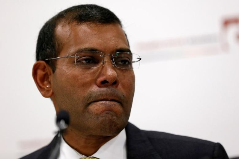 Former president of the Maldives, Mohamed Nasheed, reacts during a news conference in central London, Britain January 25, 2016. REUTERS/Stefan Wermuth/Files