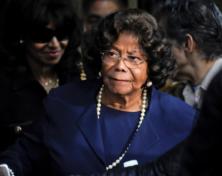 Michael Jackson's mother Katherine Jackson leaves the sentencing hearing of Dr. Conrad Murray, in Los Angeles California November 29, 2011. REUTERS/Gus Ruelas/File Photo