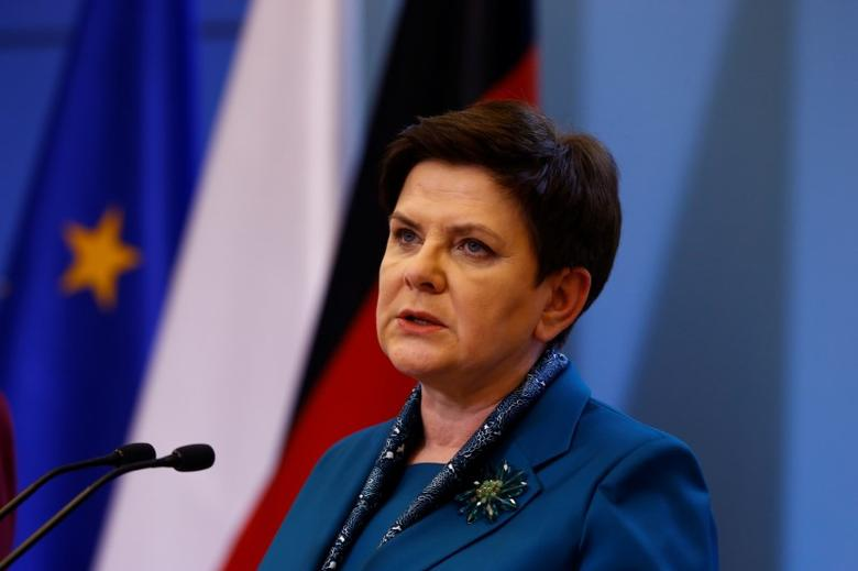 Polish Prime minister Beata Szydlo speaks during a press conference with German Chancellor Angela Merkel in Warsaw, Poland February 7, 2017. REUTERS/Kacper Pempel