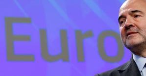 La Comisión Europea dijo el lunes que prevé que el déficit público español sea en 2017 del 3,5 por ciento del PIB, por encima del 3,1 por ciento comprometido con Bruselas por el Gobierno español. En esta imagen de archivo, el comisario europeo de Economía y Finanzas, Pierre Moscovici, durante una rueda de prensa en la sede de la Comisión Europea en Bruselas,  el 16 de noviembre de 2016. REUTERS/François Lenoir