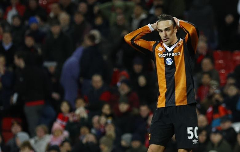 Britain Soccer Football - Manchester United v Hull City - Premier League - Old Trafford - 1/2/17 Hull City's Lazar Markovic looks dejected after hitting the post Reuters / Phil Noble Livepic