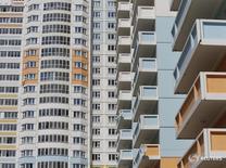 Дома, построенные группой ПИК, в Мытищах 3 июня 2015 года. Объем зарегистрированных сделок по купле-продаже жилья в Москве снизился на 19,8 процента в январе 2017 года в годовом выражении после существенного роста объемов сделок по итогам 2016 года, сообщил Росреестр в среду. REUTERS/Maxim Shemetov