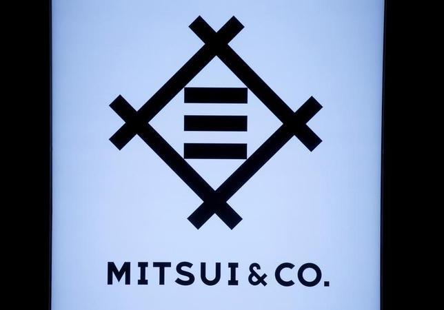 2月20日、三井物産は、米国の不動産アセットマネジメント大手のCIMグループと、同社の持ち分取得および同社が運用するファンドへの出資に関わる戦略的パートナーシップについて合意したと発表した。写真の同社ロゴは都内で8日撮影(2017年 ロイター/Toru Hanai)
