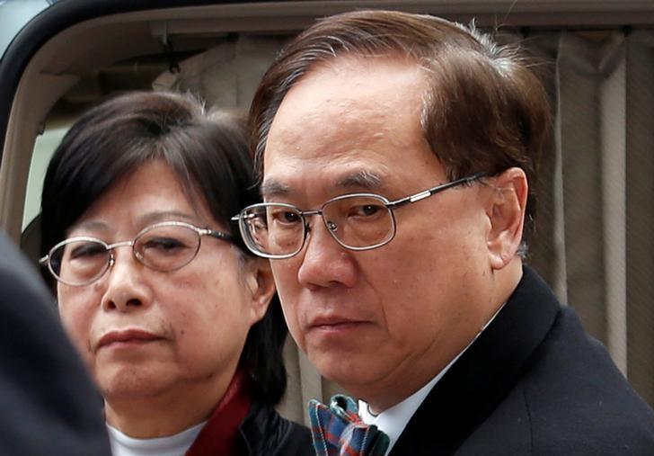 Former Hong Kong Chief Executive Donald Tsang and his wife Selina arrive the High Court in Hong Kong, China February 20, 2017.  REUTERS/Bobby Yip