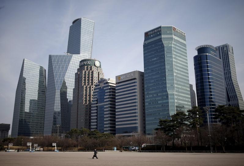 South Korea's March business sentiment improves slightly