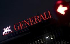Le numéro un de l'assurance en Italie, Generali, a mandaté la banque BNP Paribas pour l'aider à céder ses actifs néerlandais dans le cadre de son plan de réduction de ses coûts et d'amélioration de sa rentabilité, a-t-on appris jeudi de plusieurs sources. /Photo d'archives/REUTERS/Stefano Rellandini