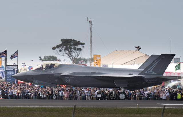 A Lockheed Martin Corp F-35 stealth fighter jet taxis past spectators after arriving at the Avalon Airshow in Victoria, Australia, March 3, 2017.    Australian Defence Force/Handout via REUTERS