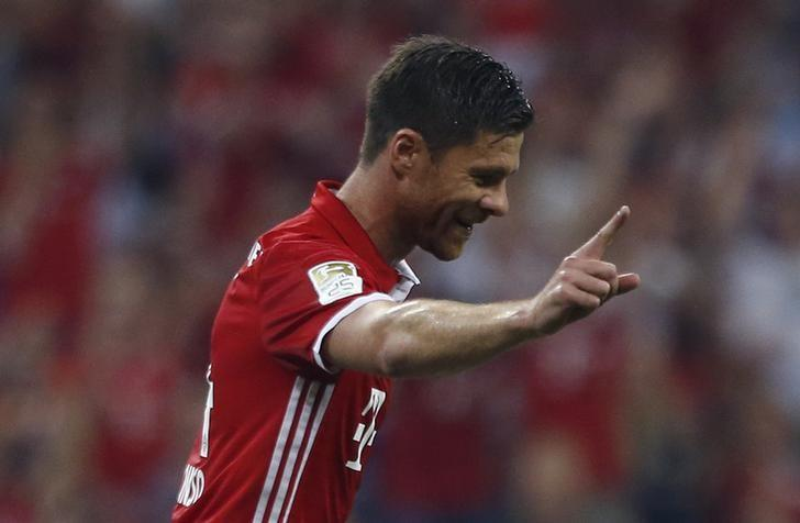 Football Soccer - Bayern Munich v Werder Bremen - German Bundesliga - Allianz Arena, Munich, Germany - 26/08/16 - Bayern Munich's Xabi Alonso celebrates after scoring the first goal against Werder Bremen    REUTERS/Michaela Rehle/Files