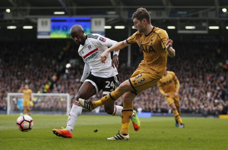 Britain Football Soccer - Fulham v Tottenham Hotspur - FA Cup Fifth Round - Craven Cottage - 19/2/17 Tottenham's Ben Davies in action with Fulham's Sone Aluko  Action Images via Reuters / Matthew Childs Livepic